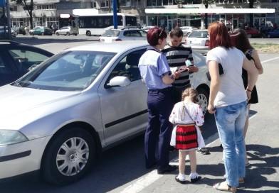 Dacă e vineri, poliţiştii vorbesc conducătorilor auto