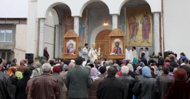 Luni, o sărbătorim pe Sf. Cuvioasa Parascheva