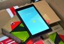 Liceeni din comunitățile dezavantajate din punct de vedere tehnologic vor primi tablete