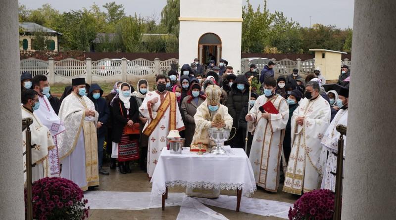 Sfinţirea bisericii din localitatea Berleşti, judeţul Brăila
